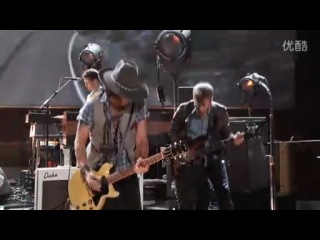 Johnny Depp &  The Black Keys - Gold On The Ceiling